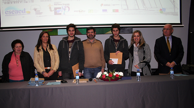 Escola Calazans Duarte reconhece parceiros
