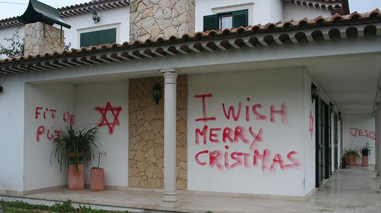 Vandalismo na Rua das Figueiras